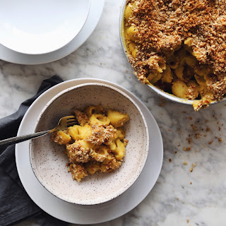 Baked Butternut Squash Mac N' 'Cheese' with Hazelnut Cinnamon Crumble [serves 8]