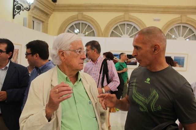 Dos generaciones de artistas de la fotografía, Pérez Siquier y Rodrigo Valero.