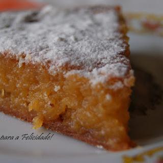 """""""Toucinho do Céu"""" (Egg yolk, almond and sugar cake)."""