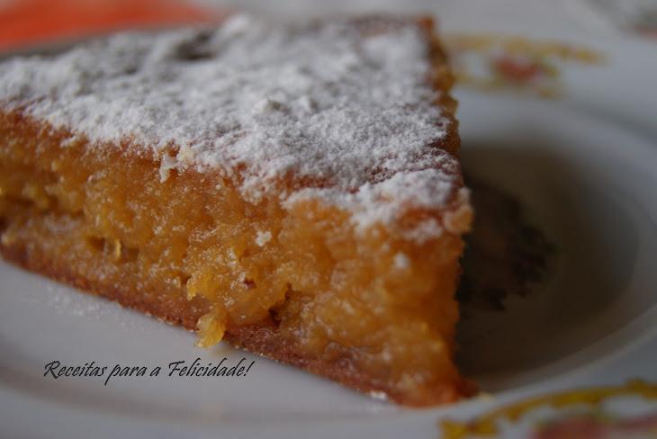 """""""Toucinho Do CéU"""" (Egg Yolk, Almond and Sugar Cake) Recipe"""