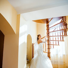 Wedding photographer Nelli Samoylova (APELSINA). Photo of 24.02.2013