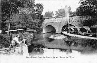 Photo: Athis-Mons - Pont du Chemin de fer - bords de l'Orge