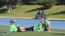 Los jugadores en primer plano y Miguel Corona e Ibán Andrés, de fondo.