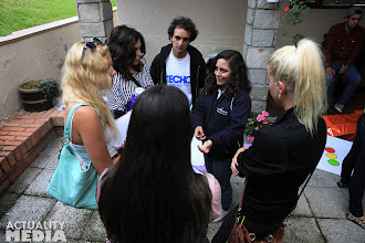 Photo: The TECHO crew meeting up with TECHO volunteers prepping for La Colecta.