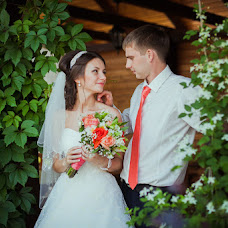 Wedding photographer Natalya Shestopalova (Tiia). Photo of 28.02.2015
