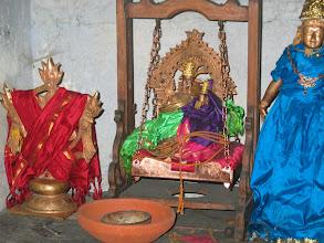 Photo: Sri Lakshmi Hayagrivan & Chakarathalwar