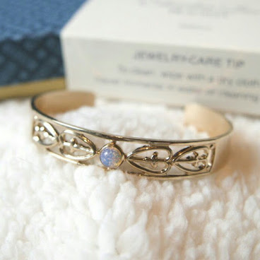 Gold Lace Opal Bangle Bracelet