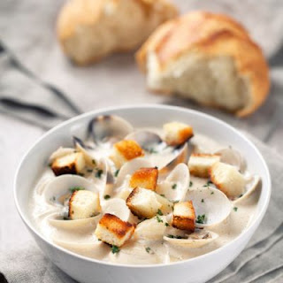 Crockpot Clam Chowder with Whole Clams and Garlic Croutons