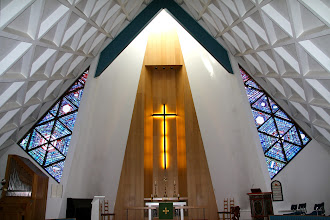 Photo: interieur kerk Olafsvik