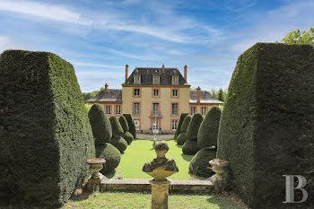 château à Fontainebleau (77)