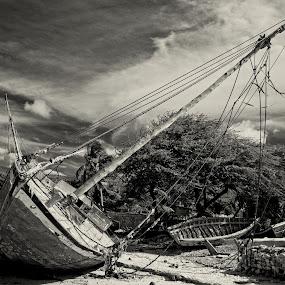 by Al Duke - Black & White Landscapes ( boat, haiti )
