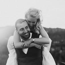 Wedding photographer Krisztian Bozso (krisztianbozso). Photo of 20.04.2018