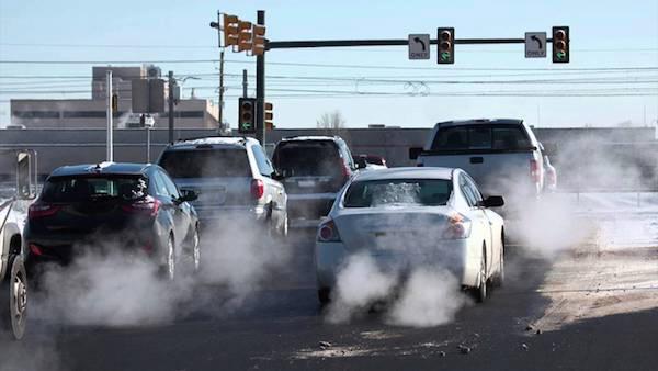 มลภาวะจากการเผาไหม้ของเครื่องยนต์ ล้วนเป็นปัญหาที่ทุกประเทศต้องการแก้ไข และเข็มงวดมากขึ้นกับระดับไอเสียที่ออกมาจาก แต่ในรถ EV มีค่าเป็นศูนย์