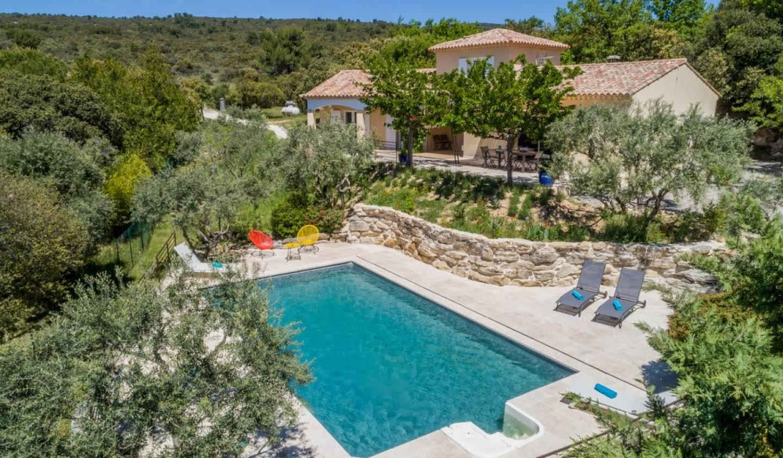 Maison avec terrasse Lioux