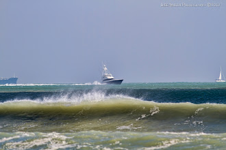 Photo: This yacht headed out and 5 minutes later it headed back in...