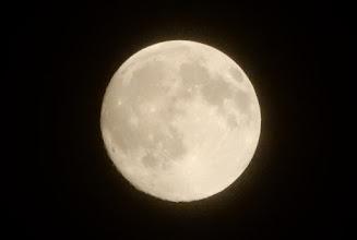 Photo: 今宵の月。満月-2日