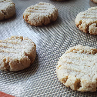 Keto Sugar Cookie.