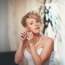 Wedding photographer Aleksandra Eremina (eremina2110). Photo of 10.12.2013