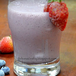 Berry & Banana Smoothie