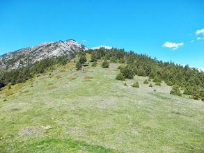 Photo: Depuis le Col, la montée au Pel de Ca et le  Gallinasse enneigé à Droite