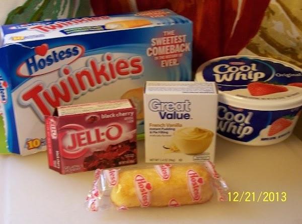 Strawberry Twinkie Cake...cin Recipe