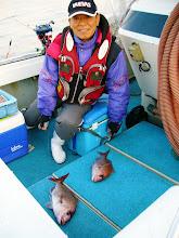 Photo: 最初のヒットは、釣王「戸田さん」 しかもダブルでした! そのあとすぐにまたダブルで! 幸先いいぞー!