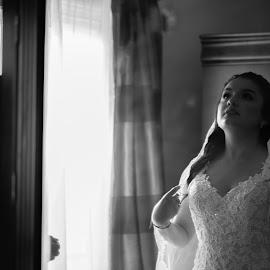 by Sarah Hart - Wedding Getting Ready