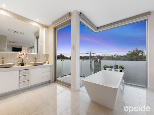 Photo of property at 1A Arbor Street, Alphington 3078