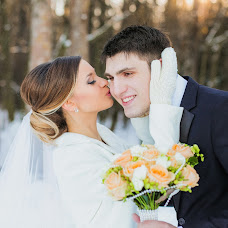 Wedding photographer Nadin Loginova (loginovanadin). Photo of 01.04.2016