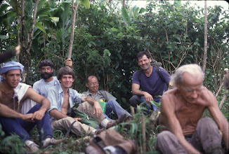 "Photo: Pu'u Manamana, Sept 1982 - left to right, unknown, Kost Pankiwsky, Stuart Ball, Gerald Leau, Dick Schmidt, Erwin Jaskulski (""Ski Poles"")"