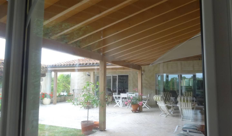 Maison Saint-Cyr-les-Vignes