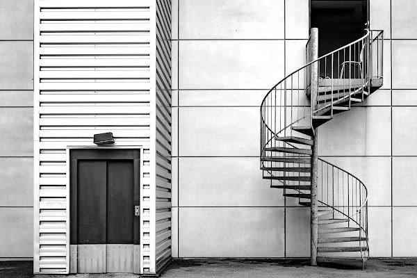 A piedi o con l'ascensore? di Olea