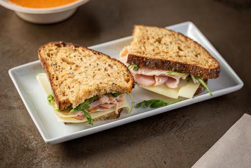 Smoked Turkey & White Cheddar Sandwich