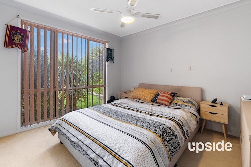 Photo of property at 42 Hodges Place, Currans Hill 2567