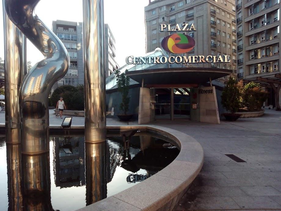 Foto Centro Comercial Praza Elíptica 12
