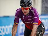 """D'hoore beëindigt carrière met crashes in Parijs-Roubaix: """"Echt de Hel van het Noorden, trots dat ik einde heb gehaald"""""""