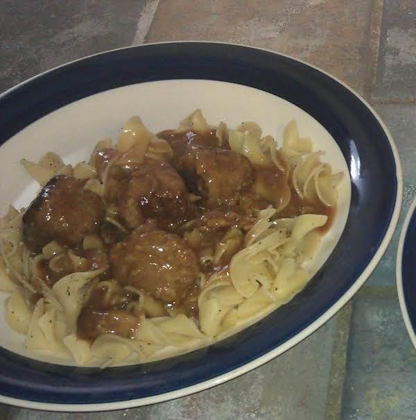Crock Pot Beefy Meatballs & Noodles