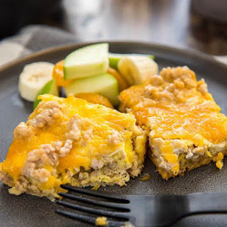 Slow Cooker Easy Breakfast Casserole.