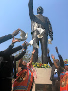 Tempers flared in Mbombela, Mpumalanga, after the unveiling of a 6m-high  statue of Nelson Mandela on Friday. The DA and EFF questioned money  used for the unveiling.