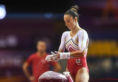 Après son titre de championne du monde aux barres asymétriques, Nina Derwael performe à la poutre