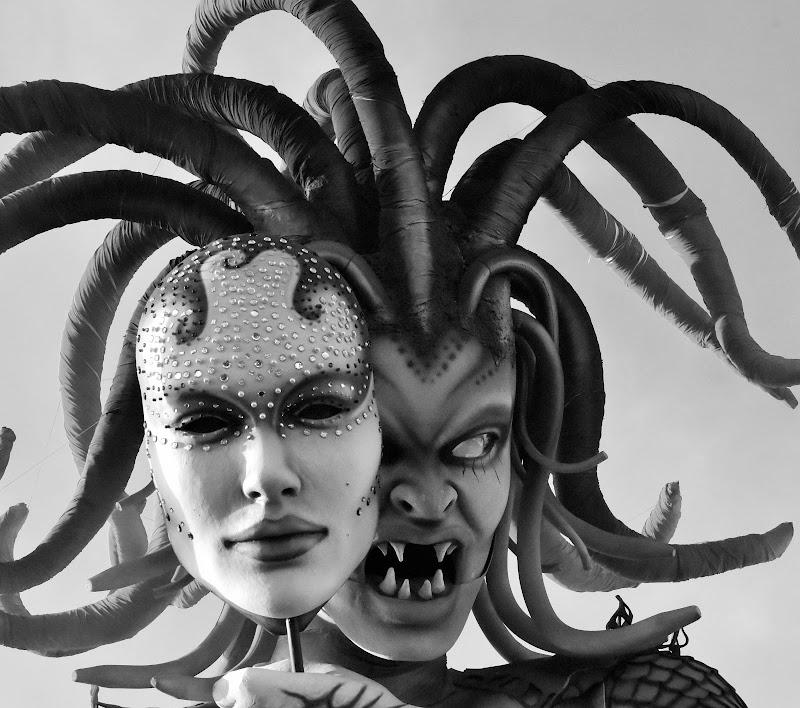 maschere: il bene e  il male di AGATA