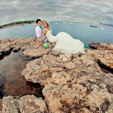Wedding photographer Aleksey Arkhangelskiy (AlexArkhangelski). Photo of 19.04.2016