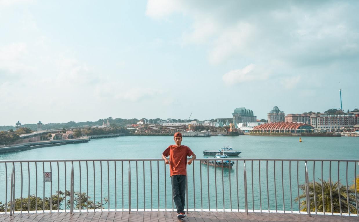Roftop VIvo City dan Pemandangan Sentosa Island