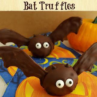 Halloween Oreo Bat Truffles