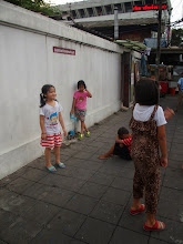 Photo: Thewet - enfants - Bangkok