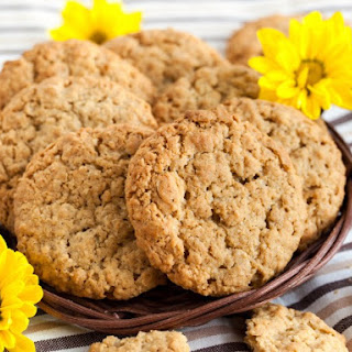 Peanut Butter Honey Oatmeal Cookies.