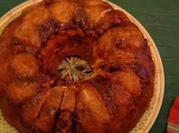 Caramel Pecan Banana Cake