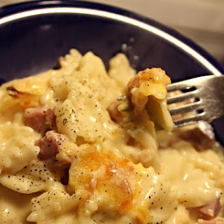 Cheesy Macaroni and Ham Bake
