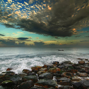 Purus Beach...  by M Fathra  Nazrul Islam - Landscapes Travel