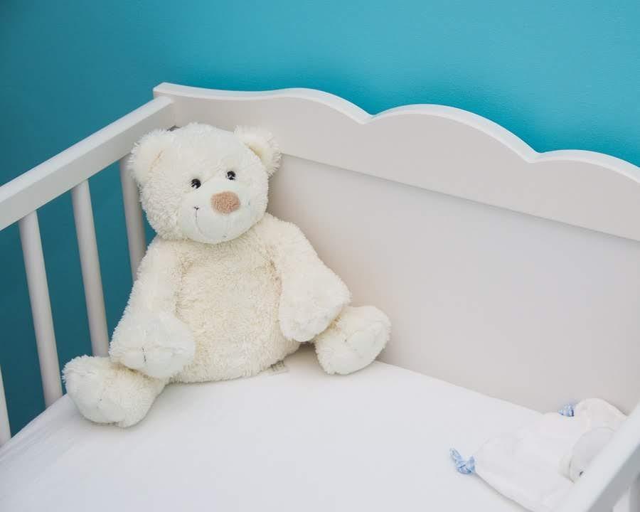 ¿Cómo elegir la cuna ideal para tu bebé?